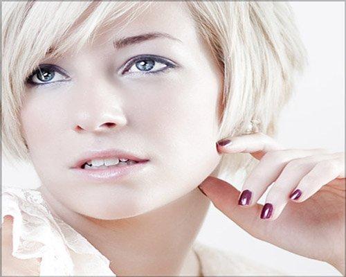 mat-smith-photography-high-key-beauty-headshot-girl-blue-eyes