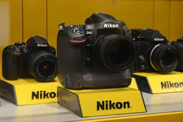 Nikon-D4s-at-CES