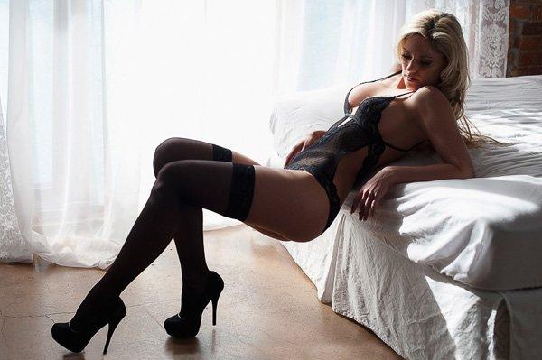 victoria_boudoir_photographers-038
