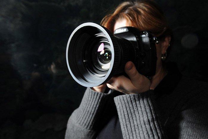Camera-with-lenshood_PVA